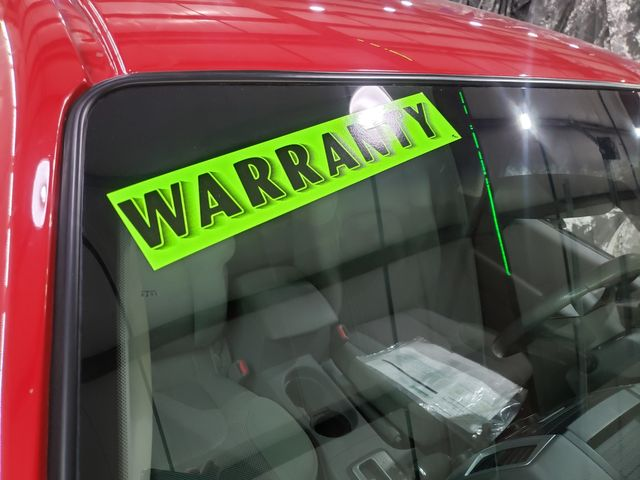 2011 Nissan Frontier SV Crew 4x4 12-12 Warranty in Dickinson, ND 58601