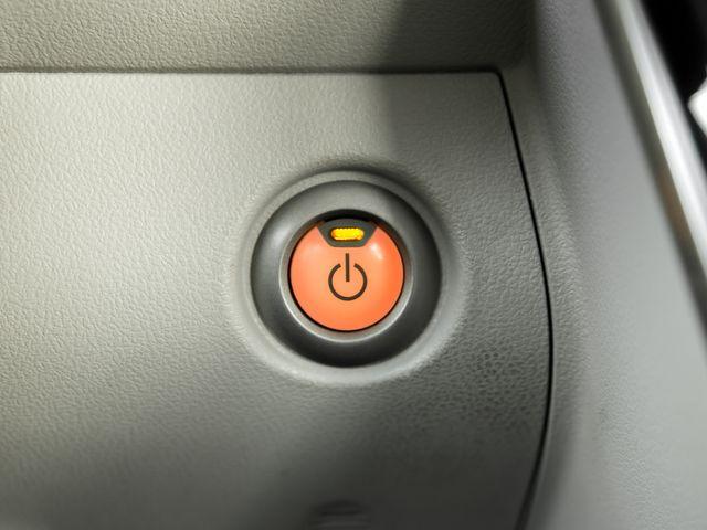2011 Nissan LEAF SL Burbank, CA 17
