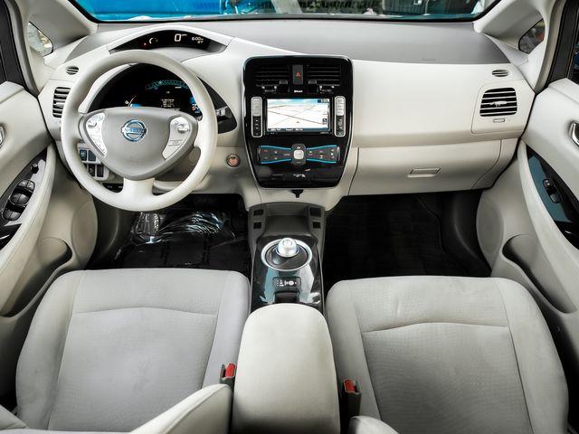 2011 Nissan LEAF SL Burbank, CA 7