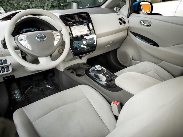 2011 Nissan LEAF SL Burbank, CA 8
