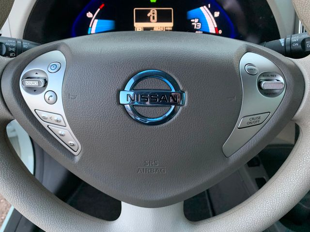 2011 Nissan LEAF SL-e Low MIles Mesa, Arizona 16