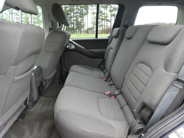 2011 Nissan Pathfinder S Leesburg, Virginia 10