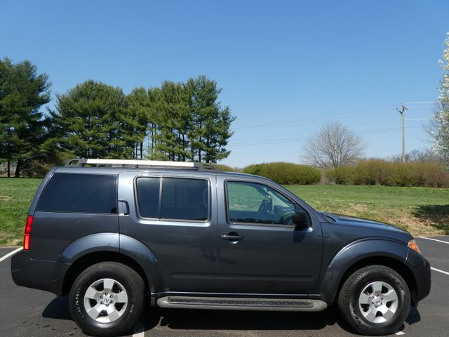 2011 Nissan Pathfinder S Leesburg, Virginia 4