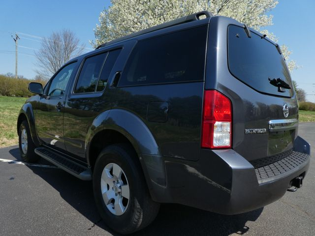 2011 Nissan Pathfinder S Leesburg, Virginia 3
