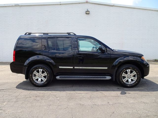 2011 Nissan Pathfinder Silver Madison, NC 1