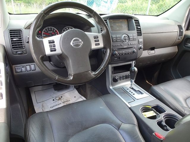 2011 Nissan Pathfinder Silver Madison, NC 40