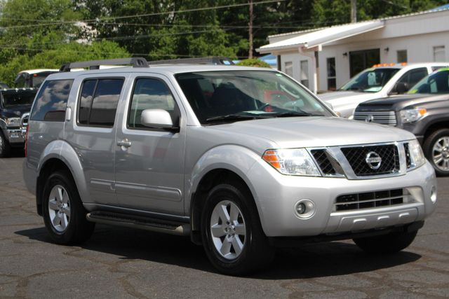 2011 Nissan Pathfinder SV 4WD - REARVIEW CAMERA - TOW PKG - ALLOY WHEELS! Mooresville , NC 21
