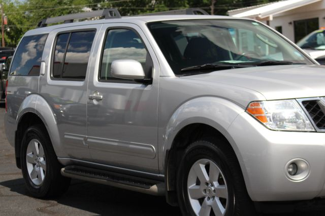 2011 Nissan Pathfinder SV 4WD - REARVIEW CAMERA - TOW PKG - ALLOY WHEELS! Mooresville , NC 25