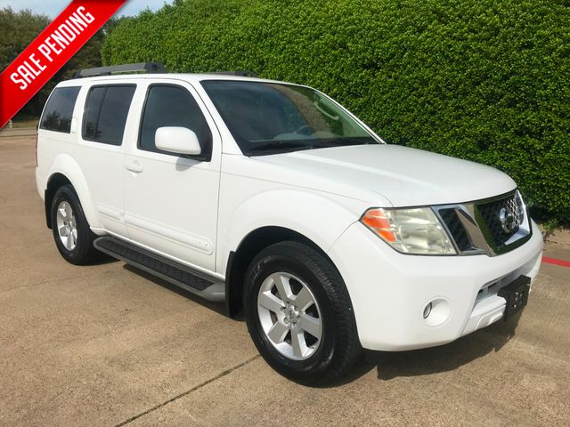 2011 Nissan Pathfinder SV**Low Miles**3rd Row**18 Svc History Records