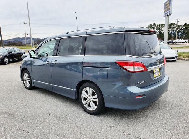2011 Nissan Quest SL w/Smart Key/Leather/Power Sliding Doors in Louisville, TN 37777
