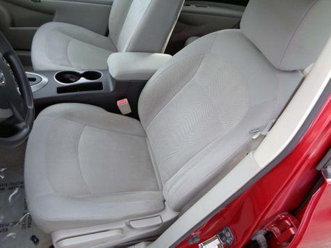 2011 Nissan Rogue S | Nashville, Tennessee | Auto Mart Used Cars Inc. in Nashville, Tennessee