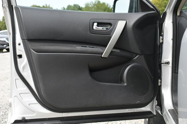 2011 Nissan Rogue SV Naugatuck, Connecticut 17