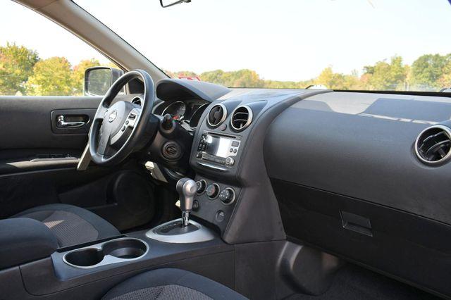 2011 Nissan Rogue SV Naugatuck, Connecticut 8