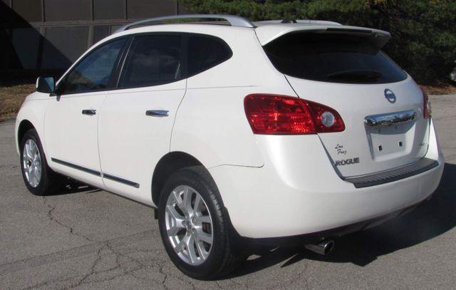 2011 Nissan Rogue SV St. Louis, Missouri 4
