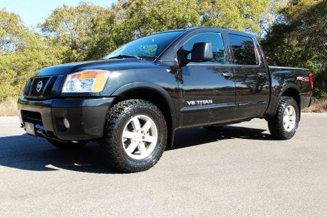 2011 Nissan Titan PRO-4X in Liberty Hill , TX