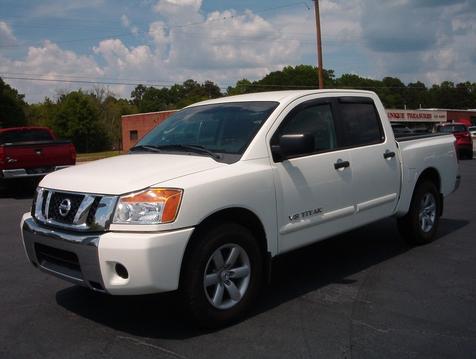 2011 Nissan Titan SV in Madison