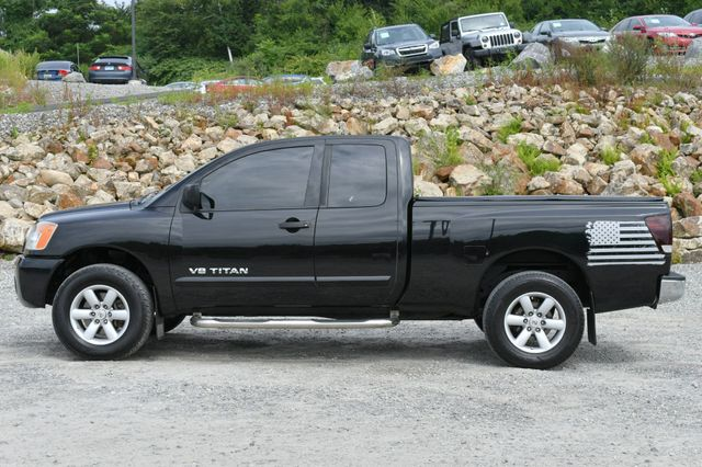 2011 Nissan Titan SV Naugatuck, Connecticut 3