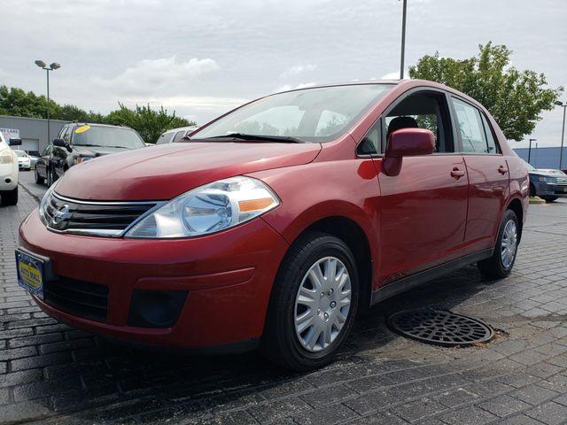 2011 Nissan Versa 1.8 S | Champaign, Illinois | The Auto Mall of Champaign in Champaign Illinois