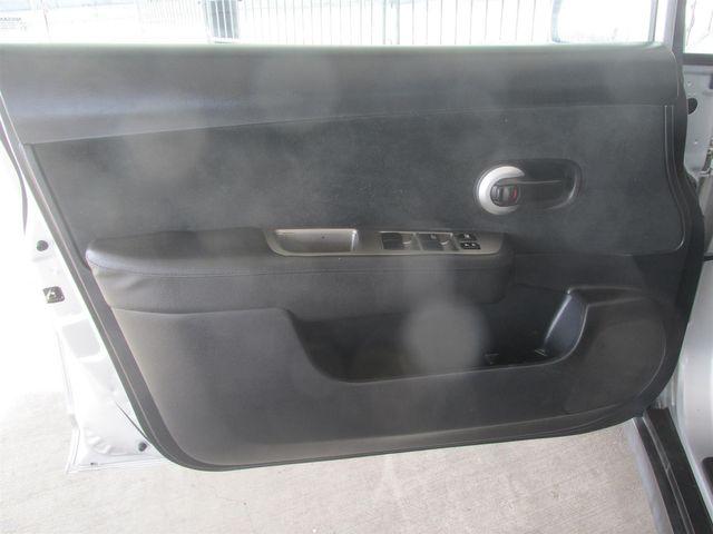 2011 Nissan Versa 1.8 S Gardena, California 9