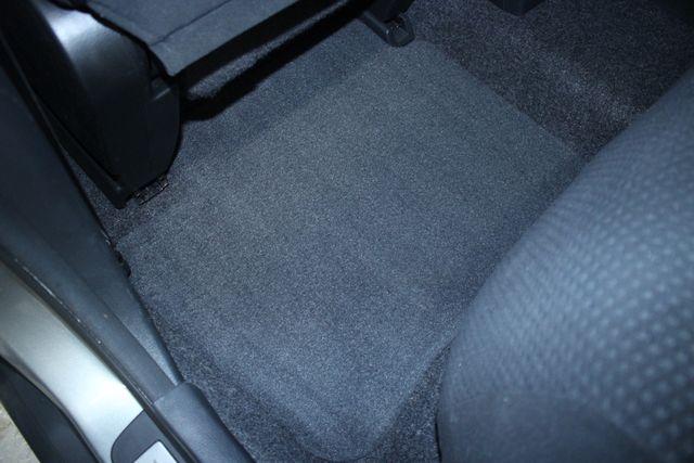 2011 Nissan Versa 1.8 S Kensington, Maryland 32