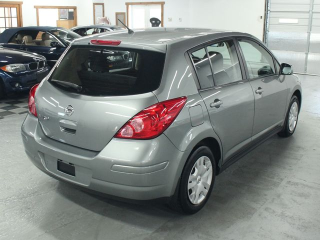 2011 Nissan Versa 1.8 S Kensington, Maryland 4