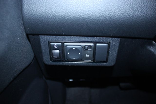 2011 Nissan Versa 1.8 S Kensington, Maryland 72