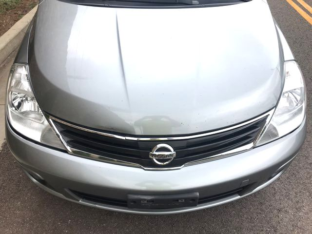 2011 Nissan Versa S Knoxville, Tennessee 1