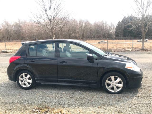 2011 Nissan Versa 1.8 SL Ravenna, Ohio 4