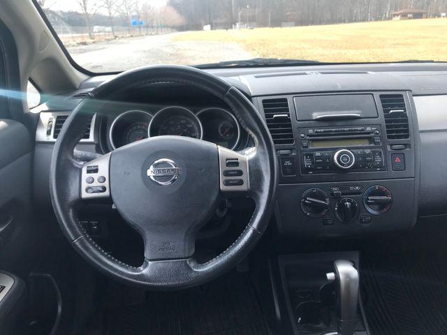 2011 Nissan Versa 1.8 SL Ravenna, Ohio 8