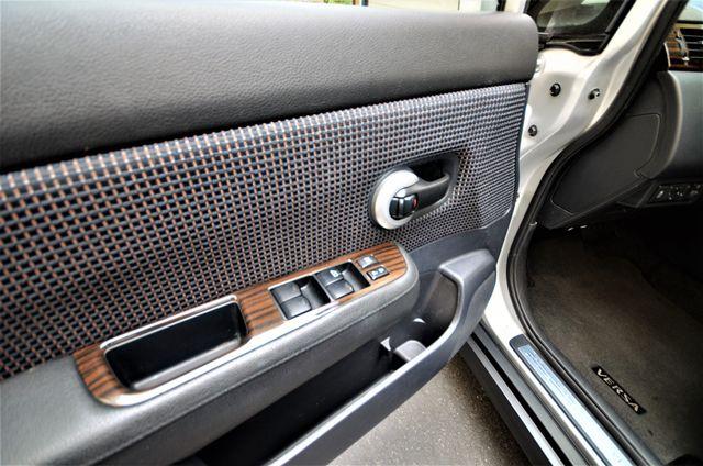 2011 Nissan Versa 1.8 SL NAVI Reseda, CA 25