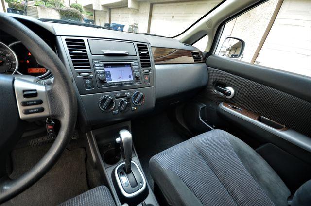 2011 Nissan Versa 1.8 SL NAVI Reseda, CA 33