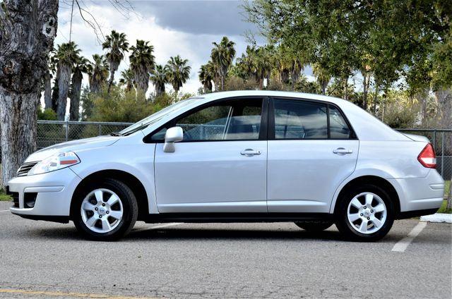 2011 Nissan Versa 1.8 SL NAVI Reseda, CA 9