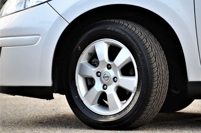 2011 Nissan Versa 1.8 SL NAVI Reseda, CA 10