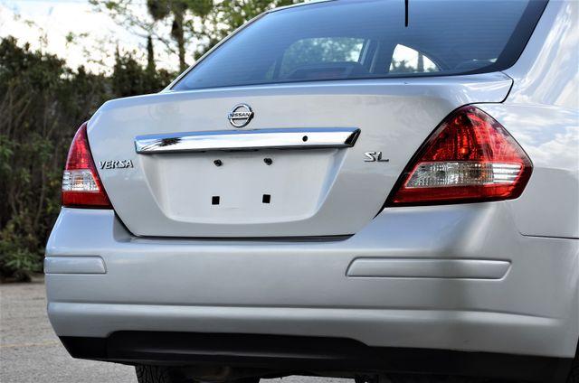 2011 Nissan Versa 1.8 SL NAVI Reseda, CA 14
