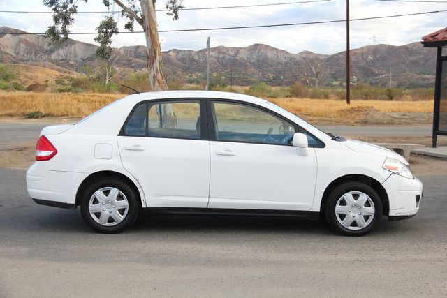 2011 Nissan Versa 1.8 S Santa Clarita, CA 12