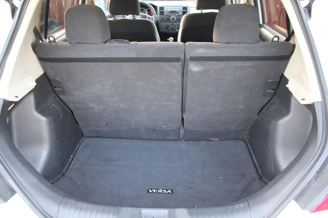 2011 Nissan Versa 1.8 S Santa Clarita, CA 24