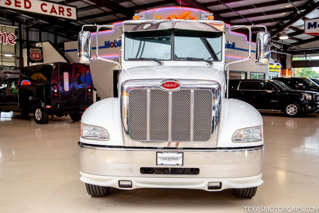 2011 Peterbilt 337 Paccar Cummins PX-8 330HP