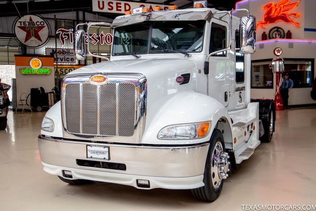 2011 Peterbilt 337 Paccar Cummins PX-8 330HP in Addison, Texas 75001