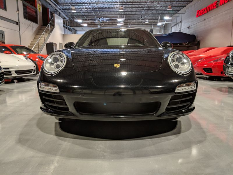 2011 Porsche 911 Carrera 2 Base  Lake Forest IL  Executive Motor Carz  in Lake Forest, IL