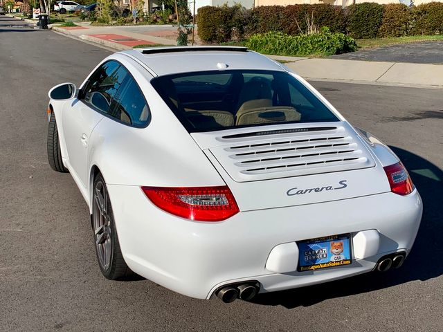 2011 Porsche 911 CARRERA S 36K MLS NAVIGATION NEW TIRES SERVICE RECORDS in North Hollywood, CA 91607