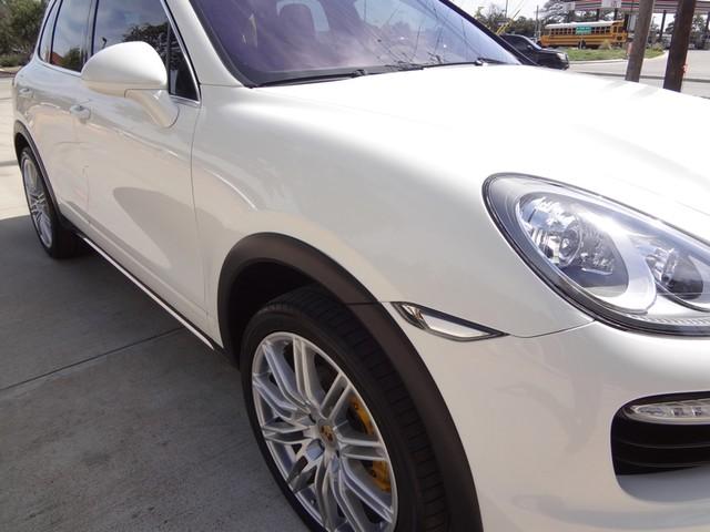 2011 Porsche Cayenne Turbo Austin , Texas 7