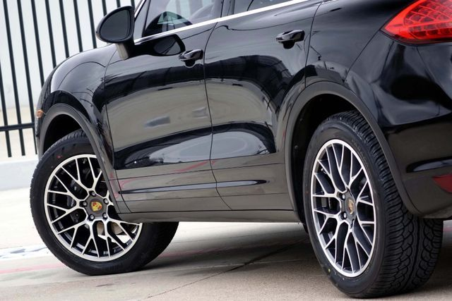 2011 Porsche Cayenne 20's * NAVI * Sunroof * XENONS * AC Seats * LOADED Plano, Texas 11