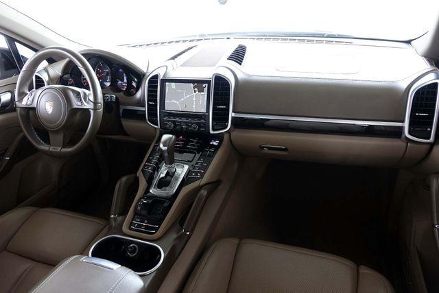 2011 Porsche Cayenne 20's * NAVI * Sunroof * XENONS * AC Seats * LOADED Plano, Texas 15