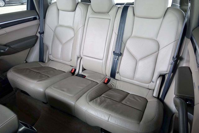 2011 Porsche Cayenne 20's * NAVI * Sunroof * XENONS * AC Seats * LOADED Plano, Texas 19