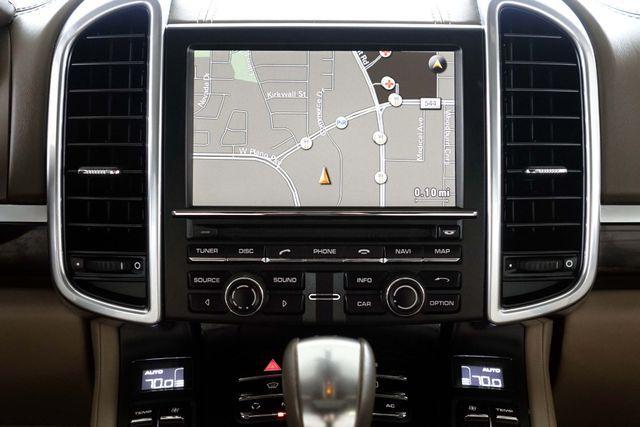2011 Porsche Cayenne 20's * NAVI * Sunroof * XENONS * AC Seats * LOADED Plano, Texas 20