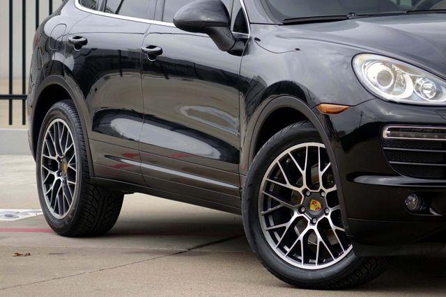 2011 Porsche Cayenne 20's * NAVI * Sunroof * XENONS * AC Seats * LOADED Plano, Texas 27