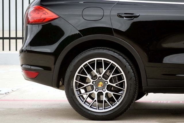 2011 Porsche Cayenne 20's * NAVI * Sunroof * XENONS * AC Seats * LOADED Plano, Texas 31