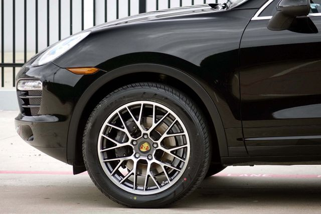 2011 Porsche Cayenne 20's * NAVI * Sunroof * XENONS * AC Seats * LOADED Plano, Texas 33
