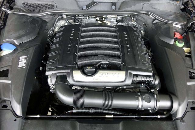 2011 Porsche Cayenne 20's * NAVI * Sunroof * XENONS * AC Seats * LOADED Plano, Texas 45