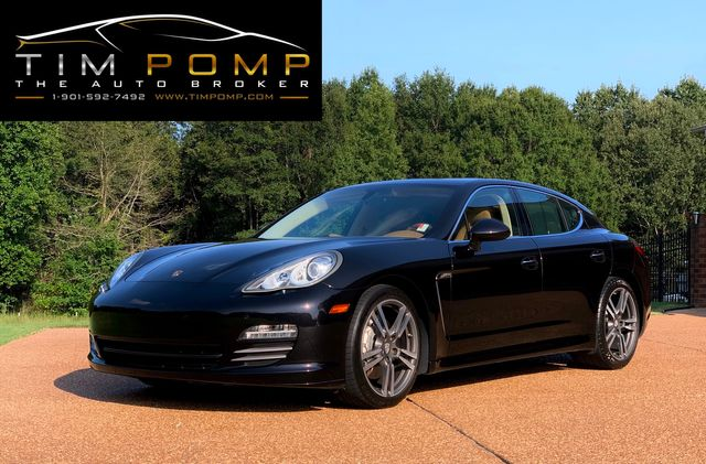 2011 Porsche Panamera 4S REAR DVD IN HEADREST in Memphis, Tennessee 38115